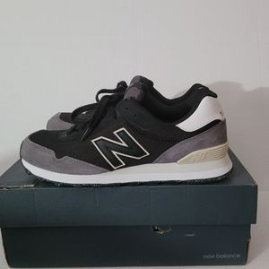 Men's New Balance Sneakers Size 9.5